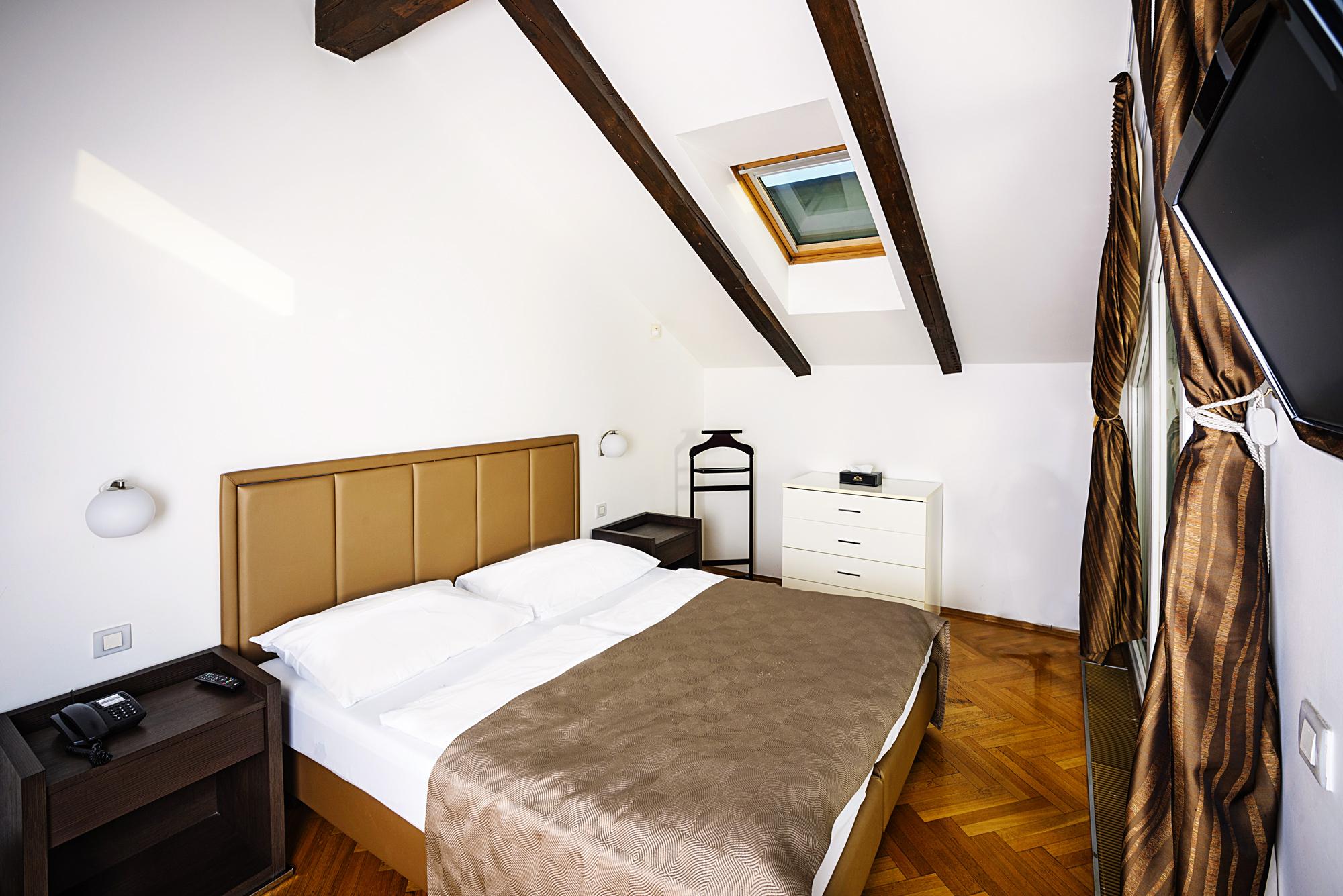 Attic Suite Apartments Deminka Palace Prague